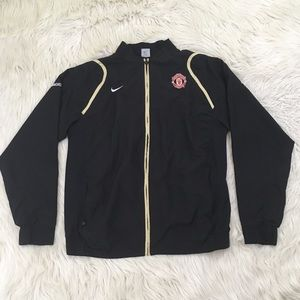 Nike Men XXL Manchester United Windbreaker Jacket.